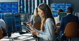 woman-computer-stock-trading-beginners